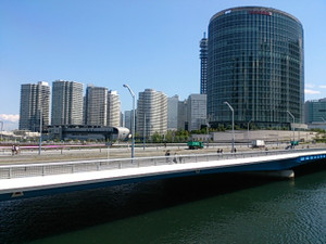 Yokohamaright
